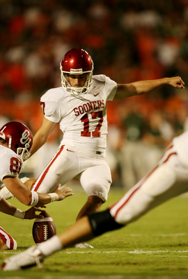 MIAMI GARDENS, FL - OCTOBER 3:  Kicker Jimmy Stevens #17 of the Oklahoma Sooners kicks a 21-yard field goal during the second quarter of the game against the Miami Hurricanes on October 3, 2009 at Landshark Stadium in Miami Gardens, Florida. (Photo by Dou