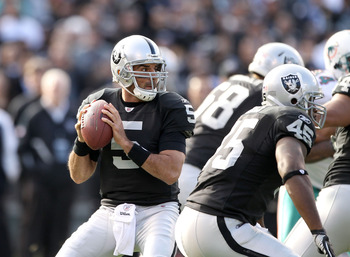 Bruce Gradkowski is dead weight for the Oakland Raiders
