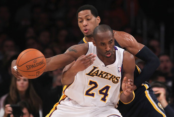 LOS ANGELES, CA - NOVEMBER 28:  Danny Granger #33 of the Indiana Pacers steals the ball from Kobe Bryant #24 of the Los Angeles Lakers during the second quarter at Staples Center on November 28, 2010 in Los Angeles, California. NOTE TO USER: User expressl