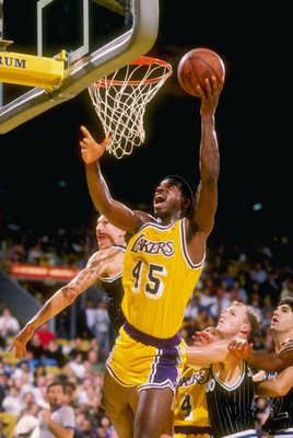 Forward A. C. Green of the Los Angeles Lakers goes up for two during a game.