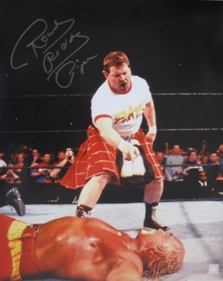 Rowdy-roddy-piper-vs-hulk-hogan-signed-photo_display_image