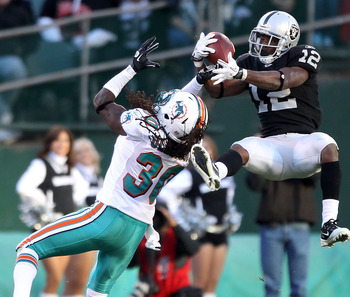 Jacoby Ford wants the ball, give it to him!