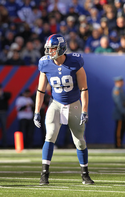EAST RUTHERFORD, NJ - NOVEMBER 28:  Kevin Boss #89 of the New York Giantsin action against the Jacksonville Jaguars during their game on November 28, 2010 at The New Meadowlands Stadium in East Rutherford, New Jersey.  (Photo by Al Bello/Getty Images)