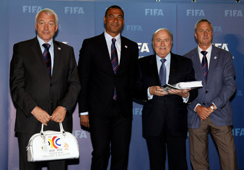 ZURICH, SWITZERLAND - MAY 14:  Paul van Himst, Ambassador The Holland Belguim Bid, Ruud Guiilt, President Holland Belguim Bid, Sepp Blatter, President of FIFA and Johan Cruyff, Ambassador The Holland Belguim Bid pictured during the 2018/2022 World Cup Bid