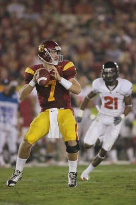 LOS ANGELES, CA - OCTOBER 24:  Matt Barkley #7 of the USC Trojans looks to pass the ball against the Oregon State Beavers on October 24, 2009 at the Los Angeles Coliseum in Los Angeles, California.  USC won 42-36.  (Photo by Jeff Golden/Getty Images)