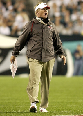 Tampa Bay Buccaneer  coach Jon Gruden directs play  September 8, 2003 at Lincoln Financial Field in Philadelphia.  The Bucs defeated the Eagles 17 - 0 to open the season on Monday Night football.  (Photo by Al Messerschmidt/Getty Images)