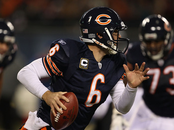 CHICAGO - NOVEMBER 28: Jay Cutler #6 of the Chicago Bears rolls out to look for a receiver against  the Philadelphia Eagles at Soldier Field on November 28, 2010 in Chicago, Illinois. The Bears defeated the Eagles 31-26. (Photo by Jonathan Daniel/Getty Im