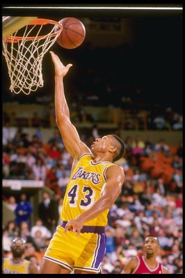 1990:  Mychal Thompson of the Los Angeles Lakers in action during a game at the Great Western Forum in Inglewood, California. Mandatory Credit: Mike Powell  /Allsport