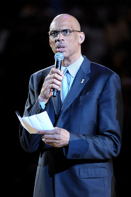 LOS ANGELES, CA - JUNE 06:  NBA Legend Kareem Abdul-Jabbar addresses the fans prior to a moment of silence in memory of the late John Wooden, who coached Walton at UCLA duringhis college career before the Boston Celtics play against the Los Angeles Lakers