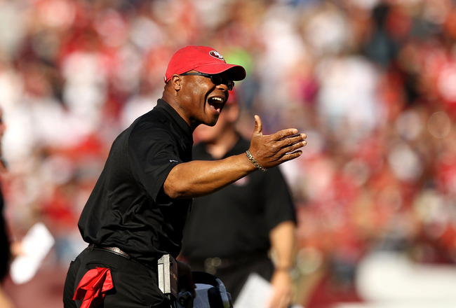 SAN FRANCISCO - NOVEMBER 14:  Head coach Mike Singletary of the San Francisco 49ers shouts on the sidelines during their game against the St. Louis Rams at Candlestick Park on November 14, 2010 in San Francisco, California.  (Photo by Ezra Shaw/Getty Imag