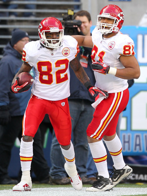 SEATTLE, WA - NOVEMBER 28:  Wide receiver Dwayne Bowe #82 of the Kansas City Chiefs celebrates with Tony Moeaki #81 after scoring a touchdown against the Seattle Seahawks to take a 20-7 lead at Qwest Field on November 28, 2010 in Seattle, Washington. The