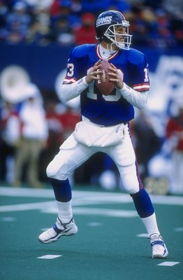 16 Nov 1997:  Danny Kanell #13 of the New York Giants in action during a game against the Arizona Cardinals at Giants Stadium in East Rutherford, New Jersey. The Giants defeated the Cardinals 19-10. Mandatory Credit: Al Bello  /Allsport