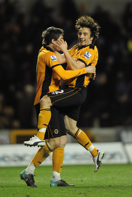 WOLVERHAMPTON, ENGLAND - NOVEMBER 27:  Stephen Hunt of Wolverhampton Wanderers celebrates at the end of  the Barclays Premier League match between Wolverhampton Wanderers and Sunderland at Molineux on November 27, 2010 in Wolverhampton, England.  (Photo b