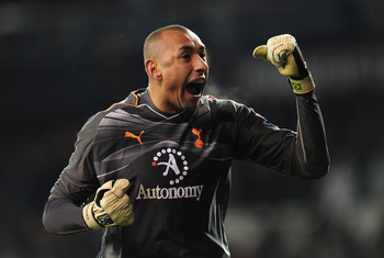 LONDON, ENGLAND - NOVEMBER 28:  Heurelho Gomes of Tottenham Hotspur celebrates victory in the Barclays Premier League match between Tottenham Hotspur and Liverpool at White Hart Lane on November 28, 2010 in London, England.  (Photo by Shaun Botterill/Gett