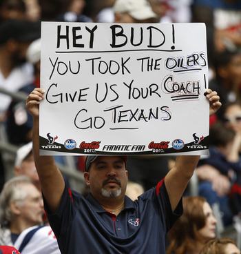 HOUSTON - NOVEMBER 28:  Houston Texans fans send a message to Tennessee Titans owner Bud Adams at Reliant Stadium on November 28, 2010 in Houston, Texas.  (Photo by Bob Levey/Getty Images)