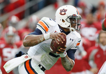 TUSCALOOSA, AL - NOVEMBER 26:  Quarterback Cam Newton #2 of the Auburn Tigers rushes against the Alabama Crimson Tide at Bryant-Denny Stadium on November 26, 2010 in Tuscaloosa, Alabama.  (Photo by Kevin C. Cox/Getty Images)
