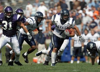 EVANSTON, IL - SEPTEMBER 8:  Luke Lippincott # 7 of the Nevada Wolf Pack carries the ball against the Northwestern Wildcats on September 8, 2007 at Ryan Field at Northwestern University in Evanston, Illinois. (Photo by Jonathan Daniel/Getty Images)