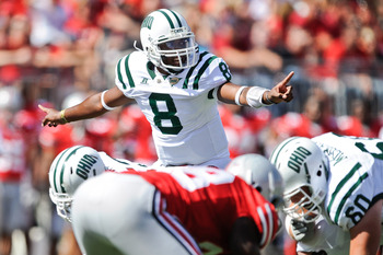 COLUMBUS, OH - SEPTEMBER 18:  Quarterback Boo Jackson #8 of the Ohio Bobcats calls signals against the Ohio State Buckeyes at Ohio Stadium on September 18, 2010 in Columbus, Ohio.  (Photo by Jamie Sabau/Getty Images)
