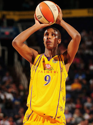 Lisa Leslie: WNBA All-time Leader in Rebounds