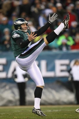 PHILADELPHIA - DECEMBER 20:  Sav Rocca #6 of the Philadelphia Eagles punts against the San Francisco 49ers at Lincoln Financial Field on December 20, 2009 in Philadelphia, Pennsylvania.  (Photo by Nick Laham/Getty Images)