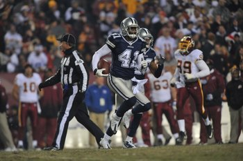 LANDOVER, MD - DECEMBER 27:  Terrence Newman #41 of the Dallas Cowboys runs the ball against the Washington Redskins at FedExField on December 27, 2009 in Landover, Maryland. The Cowboys defeated the Redskins 17-0. (Photo by Larry French/Getty Images)