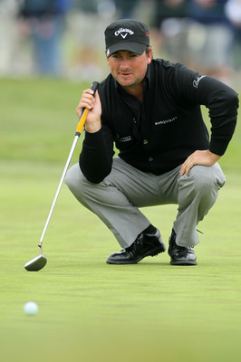 PEBBLE BEACH, CA - JUNE 18:  Graeme McDowell of Northern Ireland lines up a putt during the second round of the 110th U.S. Open at Pebble Beach Golf Links on June 18, 2010 in Pebble Beach, California.  (Photo by Jeff Gross/Getty Images)