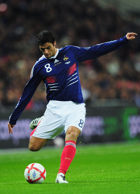LONDON, ENGLAND - NOVEMBER 17:  Yoann Gourcuff of France in action during the international friendly match between England and France at Wembley Stadium on November 17, 2010 in London, England.  (Photo by Shaun Botterill/Getty Images)