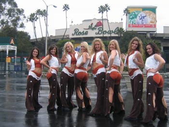 Cheerleaders-texas_display_image