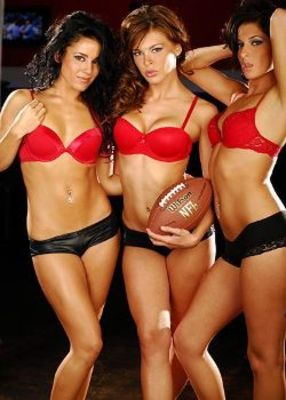 Nfl-cheerleaders_display_image