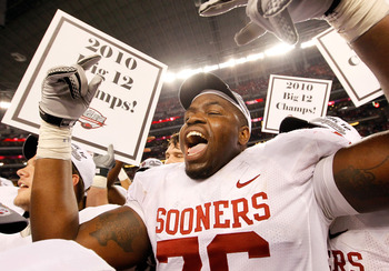 ARLINGTON, TX - DECEMBER 04:  Lineman Jarvis Jones #76 of the Oklahoma Sooners celebrates after the Sooners beat the Nebraska Cornhuskers 23-20 at Cowboys Stadium on December 4, 2010 in Arlington, Texas.  (Photo by Tom Pennington/Getty Images)