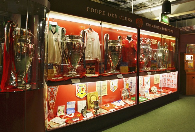 LIVERPOOL, ENGLAND - FEBRUARY 14:  The trophy cabinet at Anfield home of Liverpool Football Club on February 14, 2007 in Liverpool, England. (Photo by Clive Brunskill/Getty Images)
