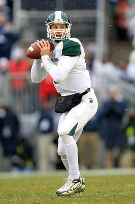 STATE COLLEGE, PA - NOVEMBER 27: Quarterback Kirk Cousins #8 of the Michigan State Spartans looks to pass during a game against the Penn State Nittany Lions on November 27, 2010 at Beaver Stadium in State College, Pennsylvania. The Spartans won 28-22. (Ph