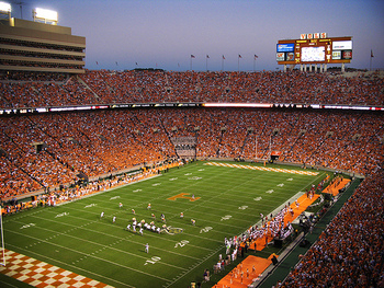 Neyland-stadium-at-dusk_display_image