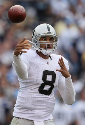 SAN DIEGO - DECEMBER 05:  Quarterback Jason Campbell #8 the Oakland Raiders throws a pass against the San Diego Chargers during the second quarter at Qualcomm Stadium on December 5, 2010 in San Diego, California.  (Photo by Jeff Gross/Getty Images)