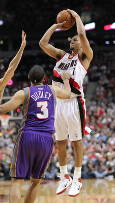 PORTLAND, OR - APRIL 29:  Brandon Roy #7 of the Portland Trail Blazers shoots against Jared Dudley #3 of the Phoenix Suns during Game Six of the Western Conference Quarterfinals of the NBA Playoffs on April 29, 2010 at the Rose Garden in Portland, Oregon.