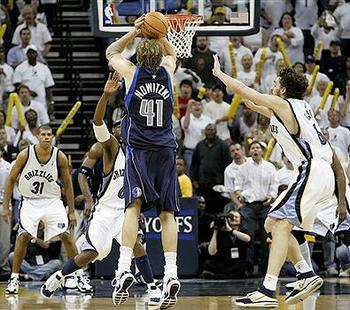 Nba_dirk_395_display_image