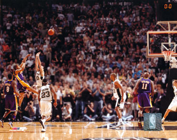 Derek_fisher_04_game_winning_shot_photofile_display_image