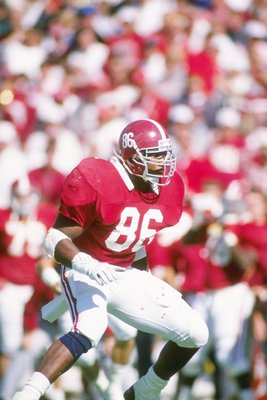21 Oct 1989: Keith McCants of the Alabama Crimson Tide runs down the field during a game against the Tennessee Volunters at Legion Field in Birmingham, Alabama. Alabama won the game 47-30.