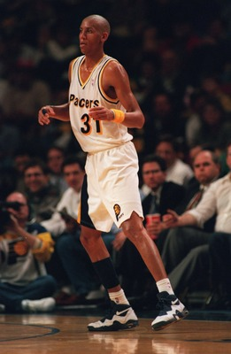 9 Nov 1994: REGGIE MILLER OF THE INDIANA PACERS ON THE COURT DURING A 109-104 LOSS TO THE HOUSTON ROCKETS IN INDIANAPOLIS, INDIANA.