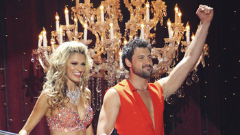 Dancing-with-the-stars-maksim-chmerkovskiy-helped-erin-andrews-put-her-life-back-together_display_image