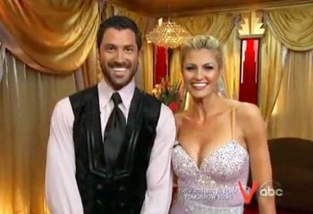 Erin-andrews-foxtrot_display_image