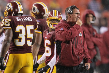 LANDOVER, MD - NOVEMBER 15:  Head coach Mike Shanahan of the Washington Redskins gives instructions against the Philadelphia Eagles on November 15, 2010 at FedExField in Landover, Maryland.  (Photo by Chris McGrath/Getty Images)
