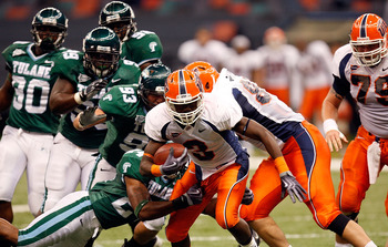 NEW ORLEANS - NOVEMBER 07:  Running back Donald Buckram #3 of the UTEP Miners runs against the Tulane Green Wave at Louisana Superdome on November 7, 2009 in New Orleans, Louisiana.  (Photo by Ronald Martinez/Getty Images)