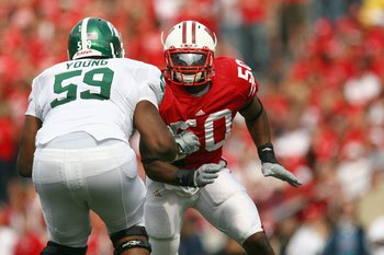 MADISON, WI - SEPTEMBER 26: O'Brien Schofield #50 of the Wisconsin Badgers moves on the field against the Michigan State Spartans on September 26, 2009 at Camp Randall Stadium in Madison, Wisconsin. (Photo by Jonathan Daniel/Getty Images)