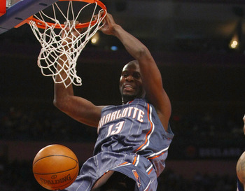 NEW YORK - JANUARY 07: Nazr Mohammed #13 of the Charlotte Bobcats dunks against the New York Knicks at Madison Square Garden January 7, 2010 in New York City. NOTE TO USER: User expressly acknowledges and agrees that, by downloading and/or using this Phot