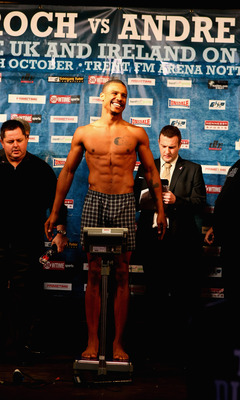 NOTTINGHAM, ENGLAND - OCTOBER 16:  Andre Dirrell finally makes the weight during the weigh-in for the WBC Super Middleweight fight against Carl Froch  on October 16, 2009 at the Market Square in Nottingham, England.  (Photo by John Gichigi/Getty Images)