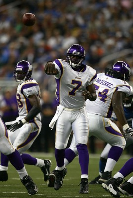 DETROIT - SEPTEMBER 16:  Tavaris Jackson #7 of the Minnesota Vikings passes against the Detroit Lions during the third quarter at Ford Field on September 16, 2006 in Detroit, Michigan. The Lions won 20-17 in overtime.  (Photo by Harry How/Getty Images)