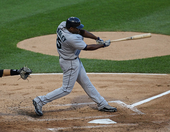 CHICAGO - JULY 26: Milton Bradley #15 of the Seattle Mariners takes a swing against the Chicago White Sox at U.S. Cellular Field on July 26, 2010 in Chicago, Illinois. The White Sox defeated the Mariners 6-1. (Photo by Jonathan Daniel/Getty Images)