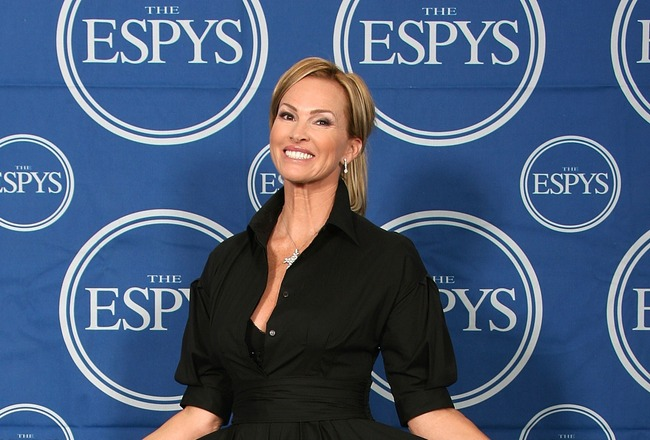 HOLLYWOOD - JULY 11:  Actress Janet Jones-Gretzky poses for photos in the press room during the 2007 ESPY Awards at the Kodak Theatre on July 11, 2007 in Hollywood, California.  (Photo by Frederick M. Brown/Getty Images)