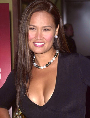 Tia-carrere-picture-2_display_image